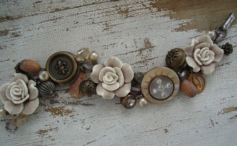roses-n-relics